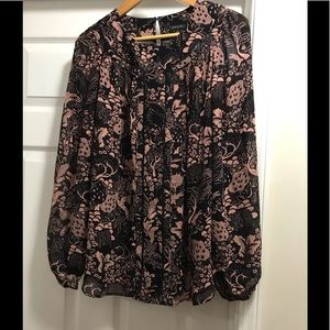 New Ann Taylor blouse with fun prints